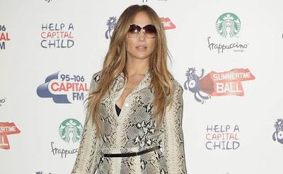 Jennifer-Lopez-wants-to-marry-Casper-Smart