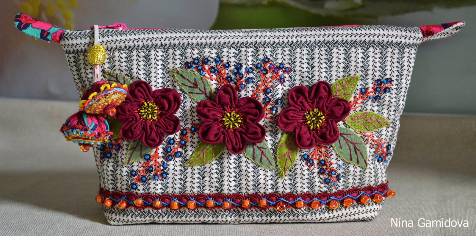 текстильная косметичка с аппликацией.Delhi.