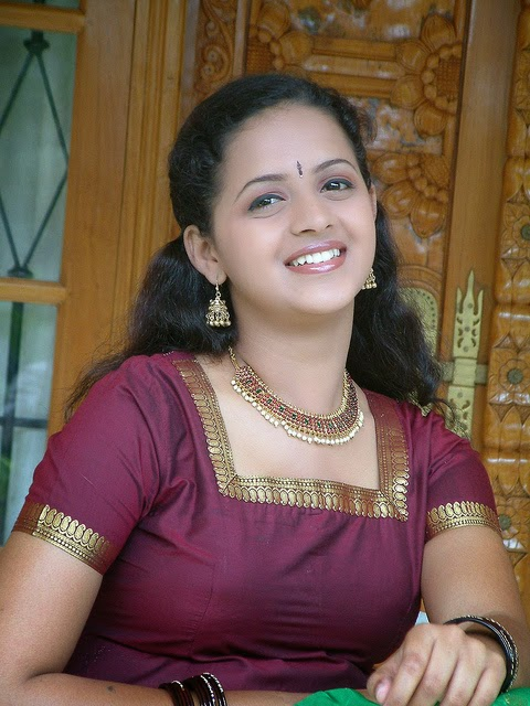 Malayalam actress Bhavana in blouse