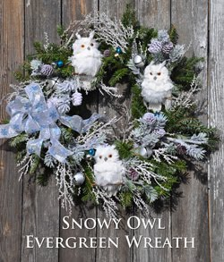 Snowy Owl Holiday Wreath