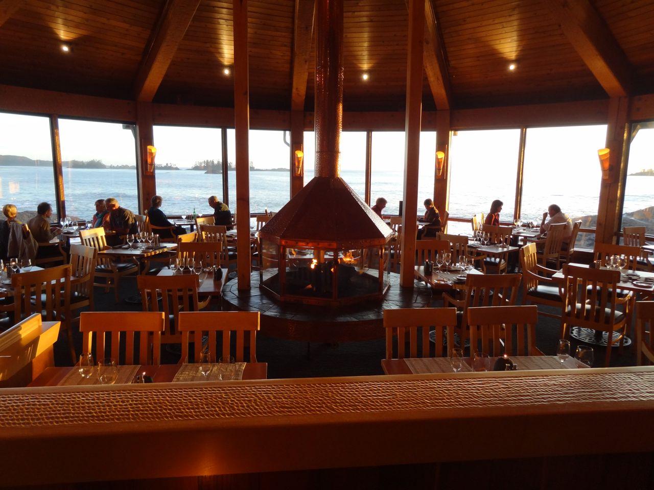 The pointe restaurant wickaninnish inn tofino canada - The Wick S Pointe Restaurant With 240 Of Sweeping Views