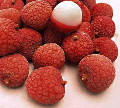 فاكهة ليتشي lychee fruit