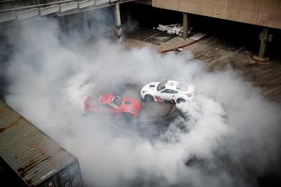 ΕΝΑ ΣΥΝΑΡΠΑΤΙΚΟ ΒΙΝΤΕΟ!! Δύο Nissan 370Z κάνουν drifting και κόβουν την… ανάσα! Η απάντηση των γιαπωνέζων στα γερμανικά θηρία!