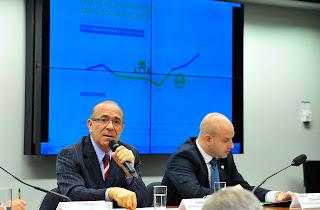Ministro Eliseu Padilha conversou com parlamentares sobre o programa de Aviação Regional