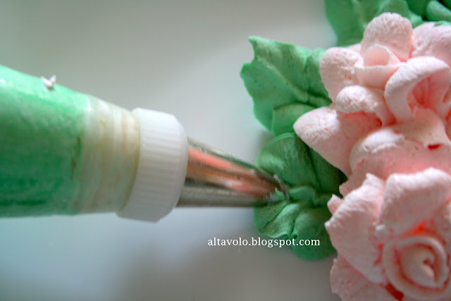 Как сделать розы из крема на торт