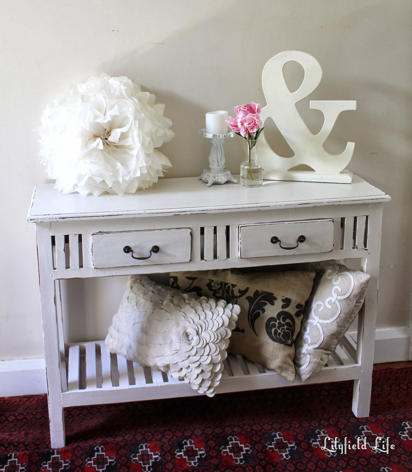 Foyer Table Sydney : Lilyfield life white painted table dealing with bleed