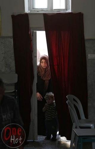 Warga Muslim Gaza mengungsi di Gereja Ortodoks Yunani 15