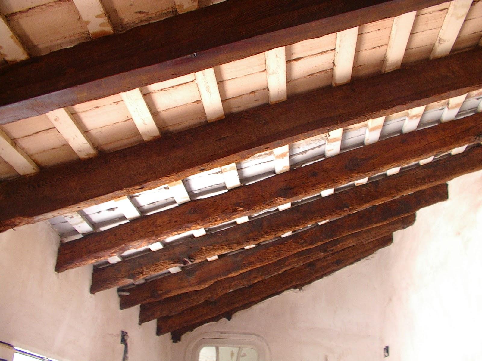 Arte de cuidar la madera restauraci n de vigas y - Restaurar vigas de madera ...