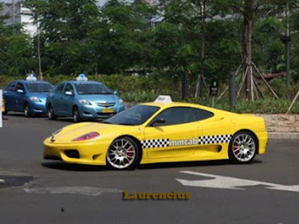 Taksi-Ferrari-dan-Porsche-MMCab_5