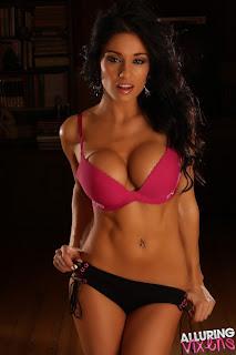 Amanda Hot bikini stills