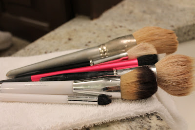 susannah styles how to clean your makeup brushes