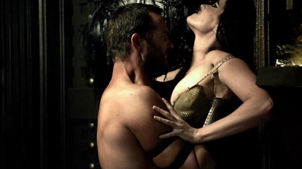 Scene panas dan hot antara Themistocles atau Sullivan Stapelton dengan Artemisia atau Artimisia yang diperankan Eva Greem