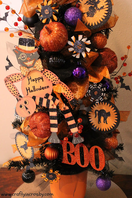 Halloween paper crafts, paper straws, At Home, Hobby Lobby, All Hallows Eve