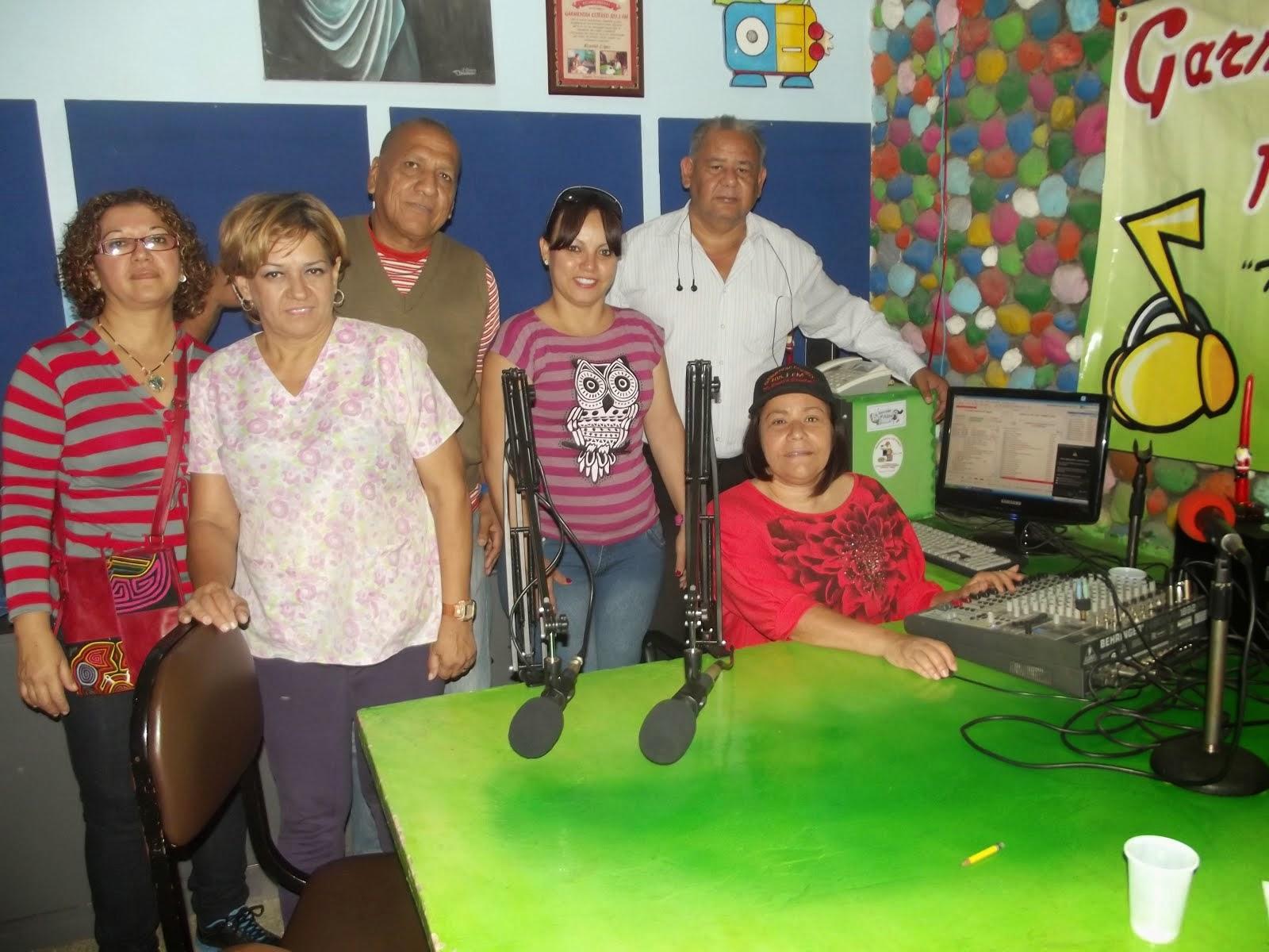 LA PROFESORA MARUBI ARCAS VISITA NUEVAMENTE NUESTRA RADIO GARMENDIA ESTEREO 105.1 FM