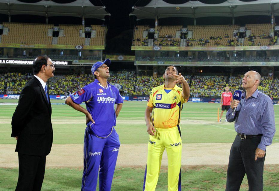 Mahendra-Singh-Dhoni-Rahul-Dravid-CSK-vs-RR-IPL-2013