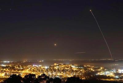 [Gambar & Video] Serangan Al Qassam Menggunakan Roket J80 Berjaya