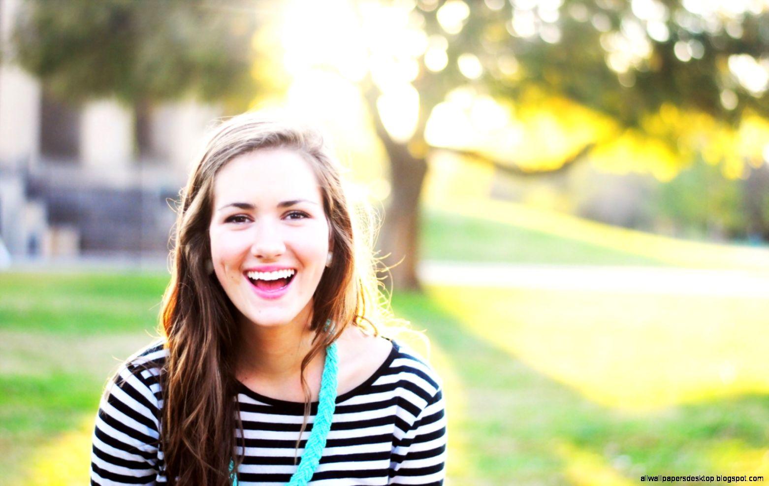 Smile Girl Portrait Mood Wallpaper Size 1680x1050  AmazingPict