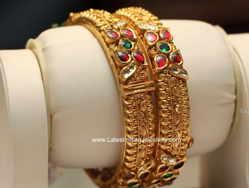 Kundan Gold Broad Bangles Pair