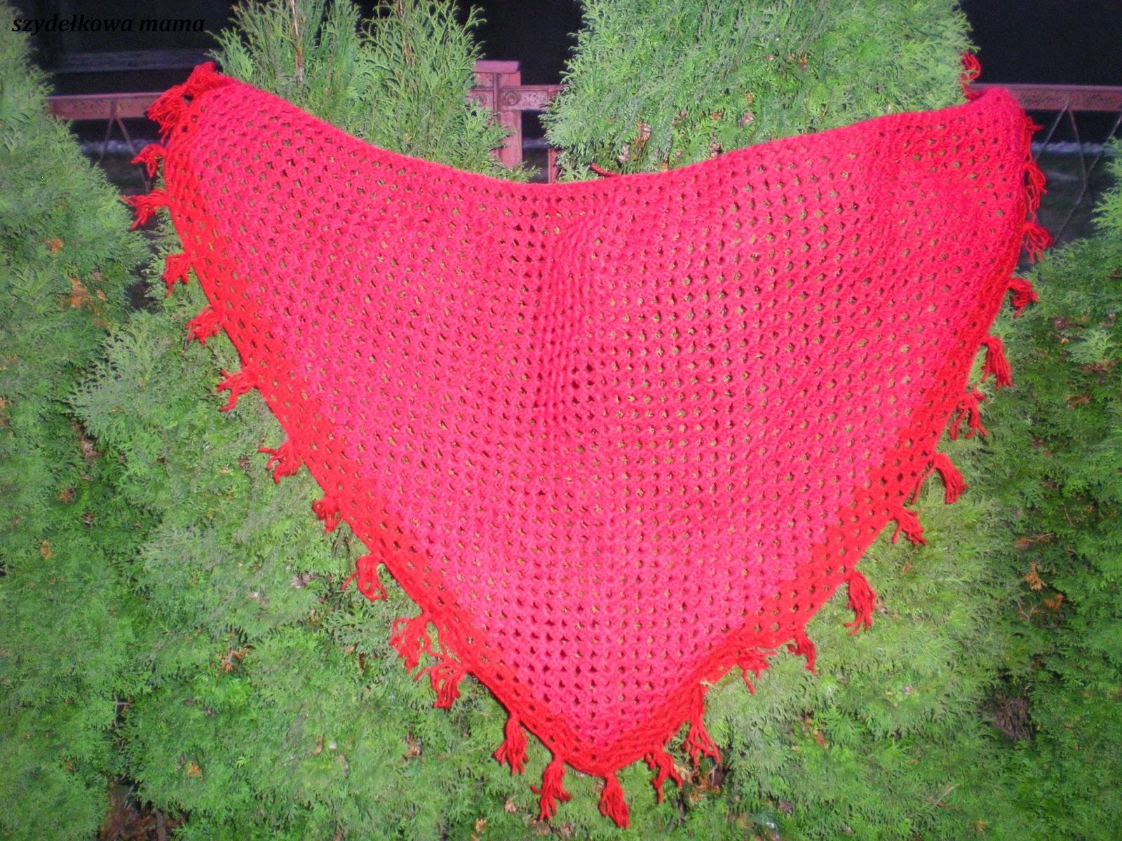 Mega spóźnione życzenia oraz czerwona chusta
