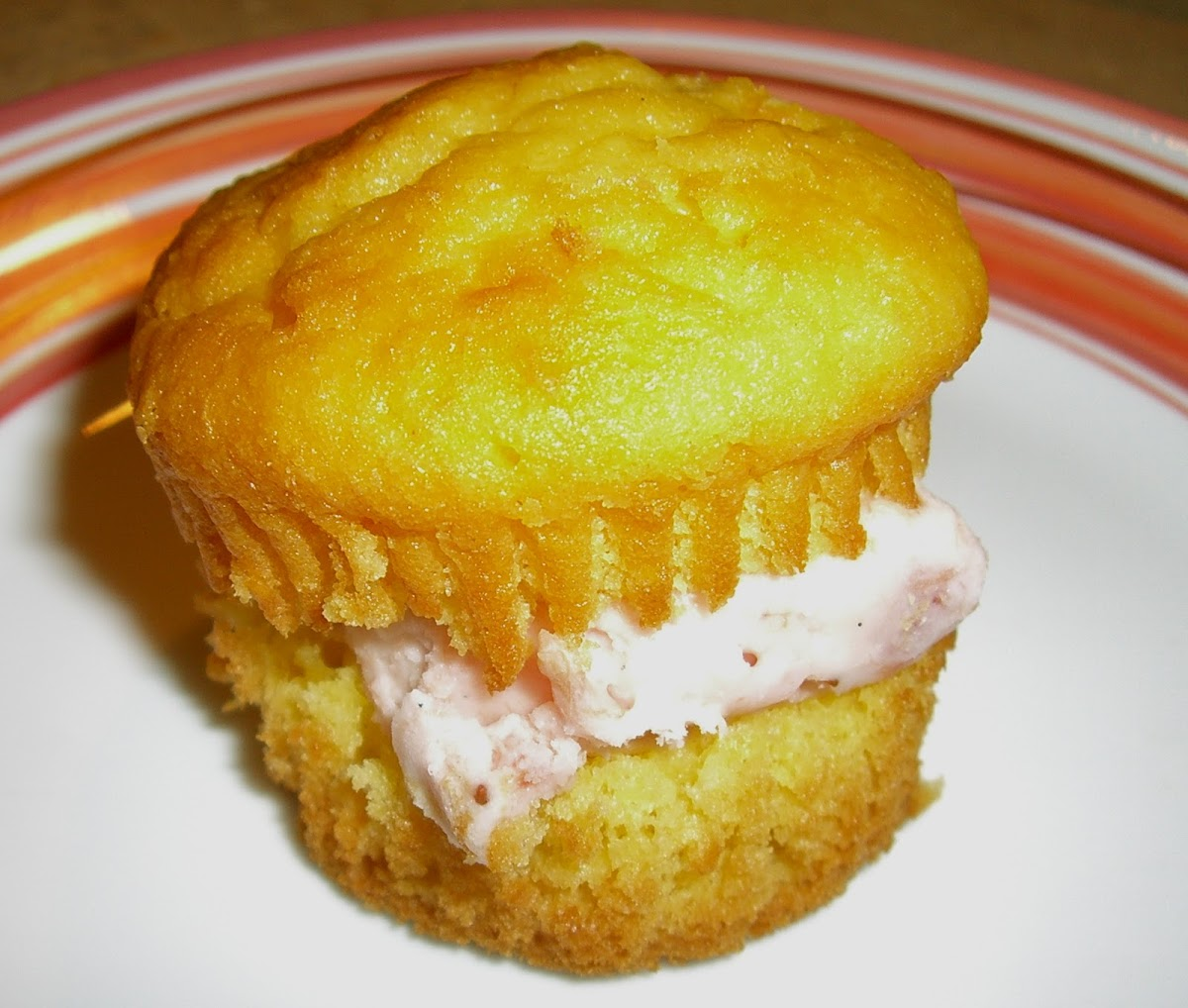 Rhubarb Ice Cream Cupcakes