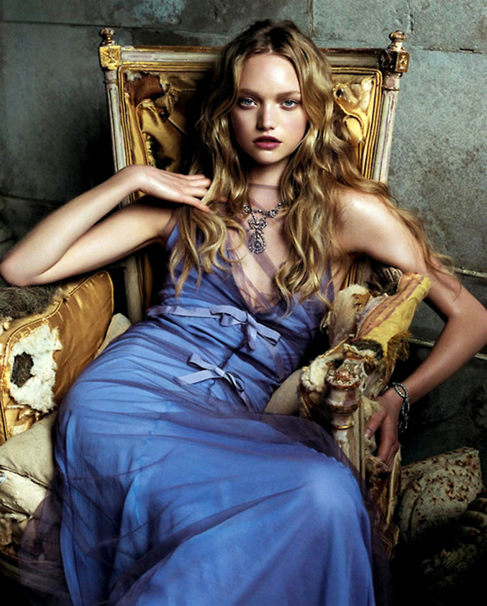 vogue-us-september-2004-gemma-ward-grace-coddington-steven-meisel-vera-wang
