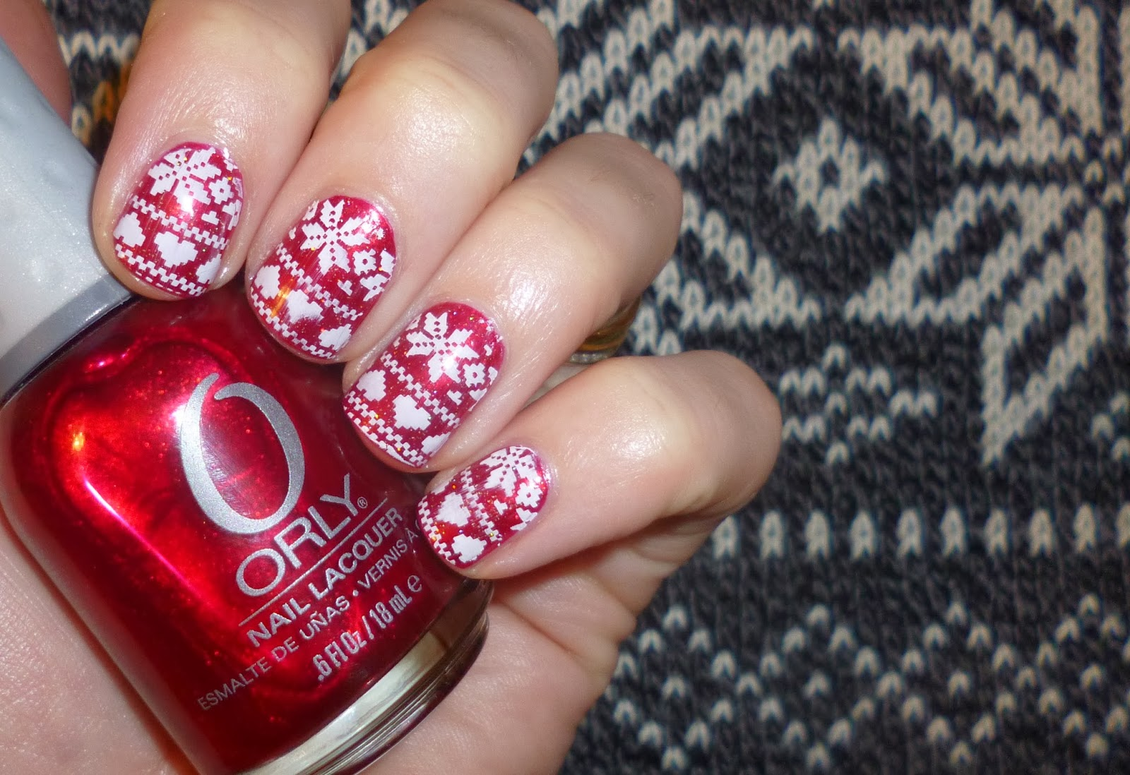Lou is Perfectly Polished: Christmas Nails: Christmas Jumper Fair ...