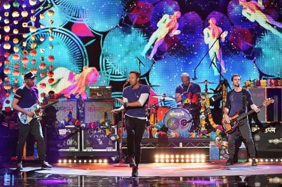 Coldplay quiere a Rihanna y Beyoncé en la Super Bowl