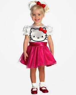 Foto bayi cantik pakai baju hello kitty dress pink