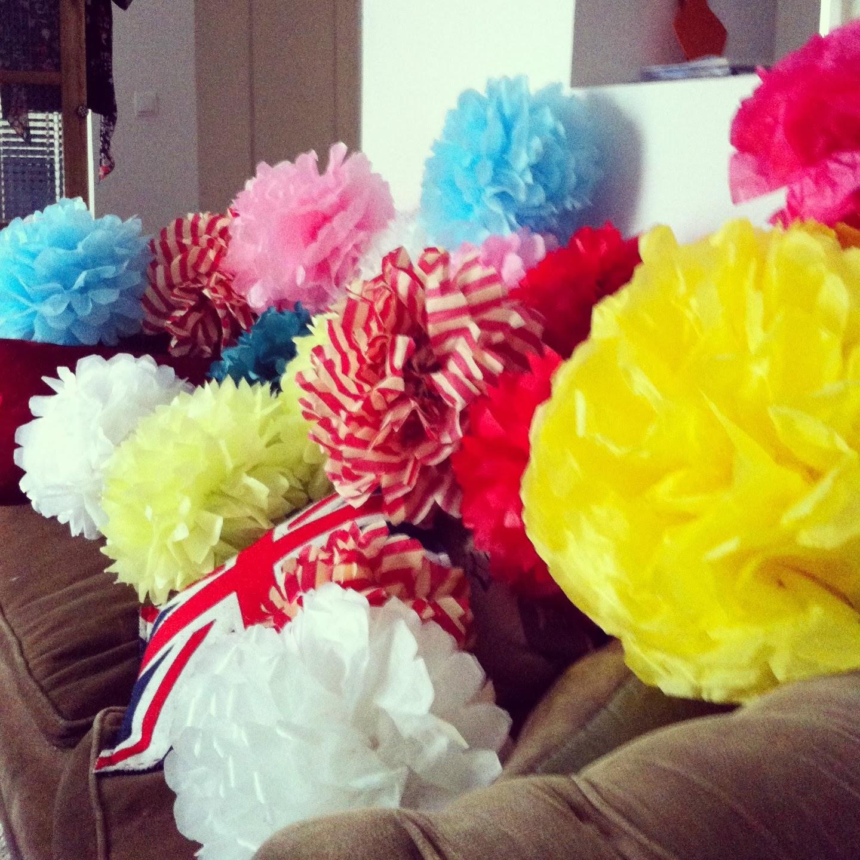 Pompones decorativos de papel de seda - Sedas para unas ...