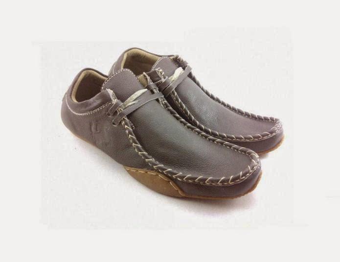 Sepatu-Casual-Pria-santai