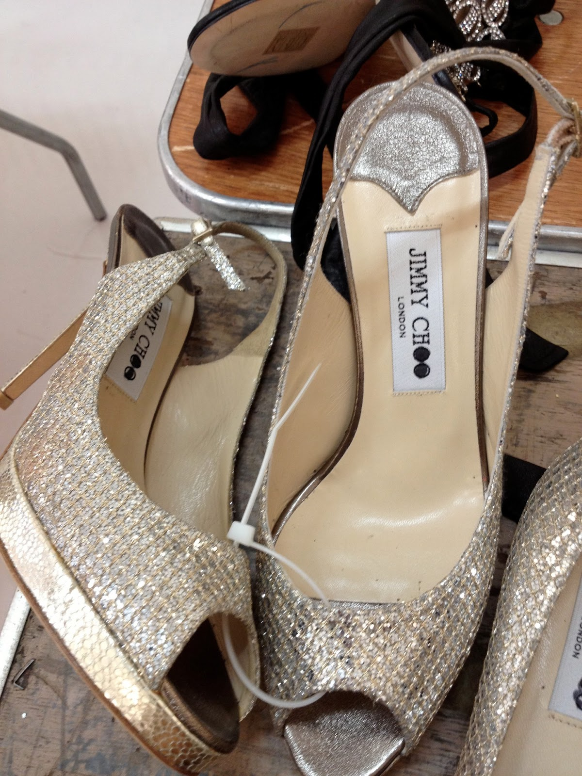 new york la keiko in pictures looking for bridal shoes at the jimmy choo sample sale may. Black Bedroom Furniture Sets. Home Design Ideas