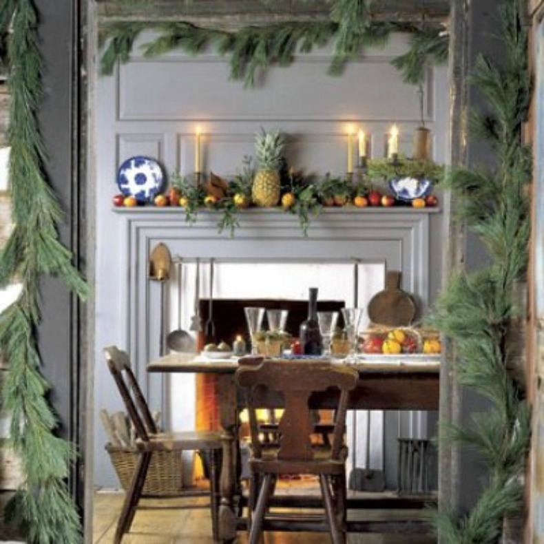 Coastal holiday decor