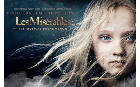 Film poster Les Misérables (2012) movieloversreviews.blogspot.com