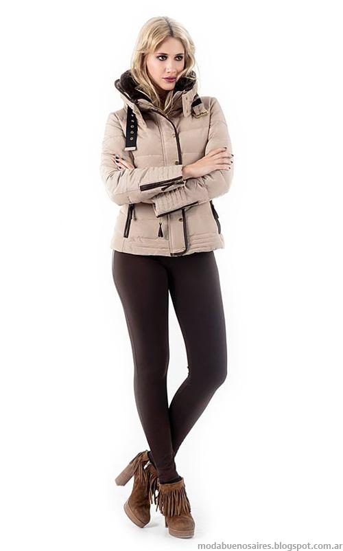 Looks de moda urbanos otoño invierno 2014 colección Activity camperas cortas de mujer.