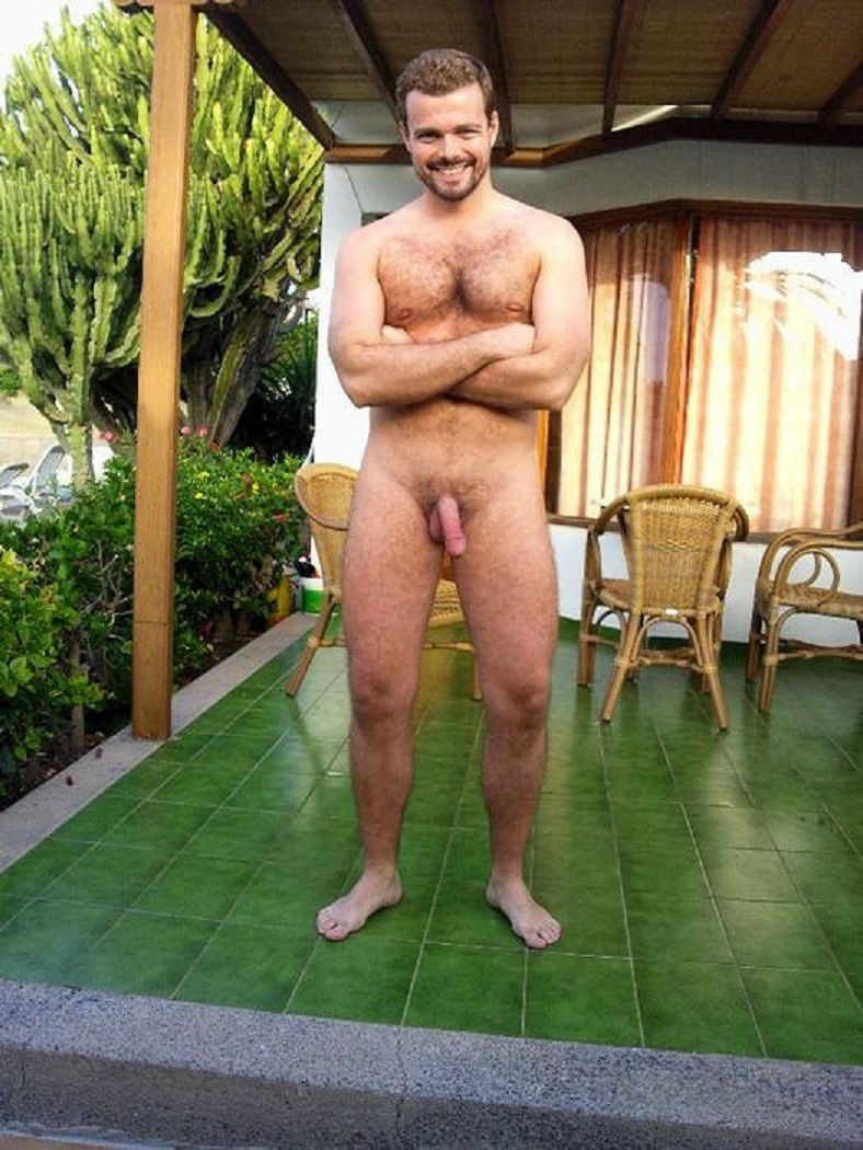 exhibitionist male