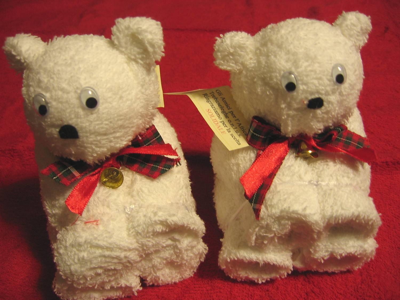 A me piace cosi 39 orsetti in bianco con lavette for Sognare asciugamani
