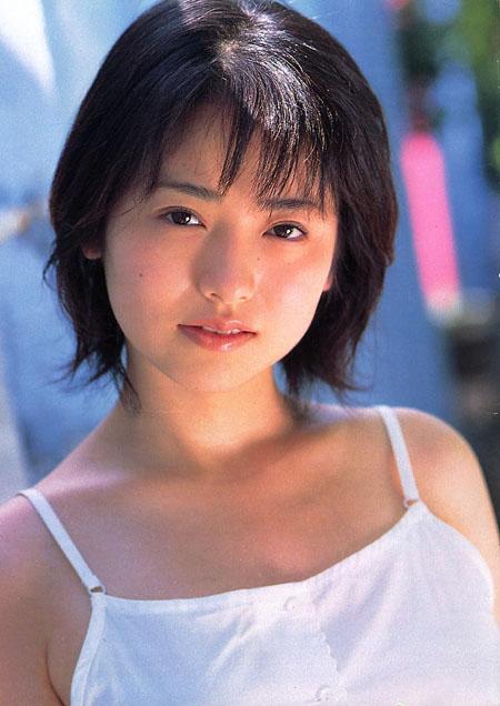 Asian Artist   Azumi Kawashima Profile Picture   Japanese