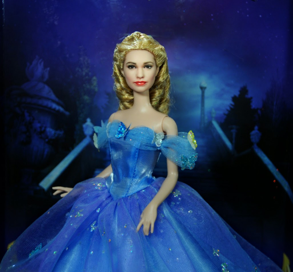 Lily James as Cinderella >> HD Wallpaper get it now! - lily james as cinderella wallpapers
