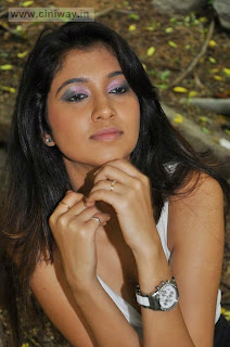 Actress-Akhila-Stlls-at-Q-Premaku-Chavuku-Movie-Opening