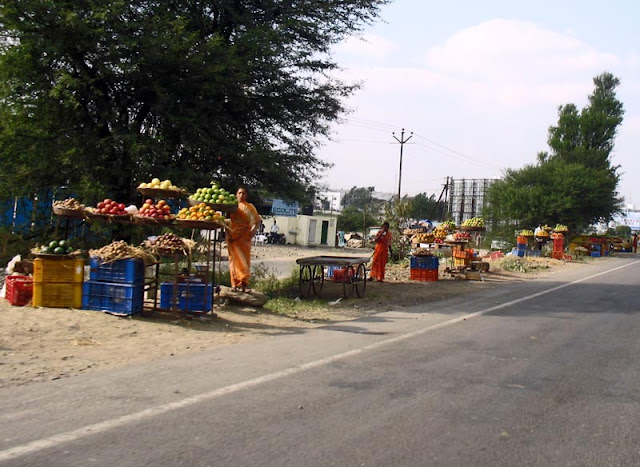 fruit market on highway