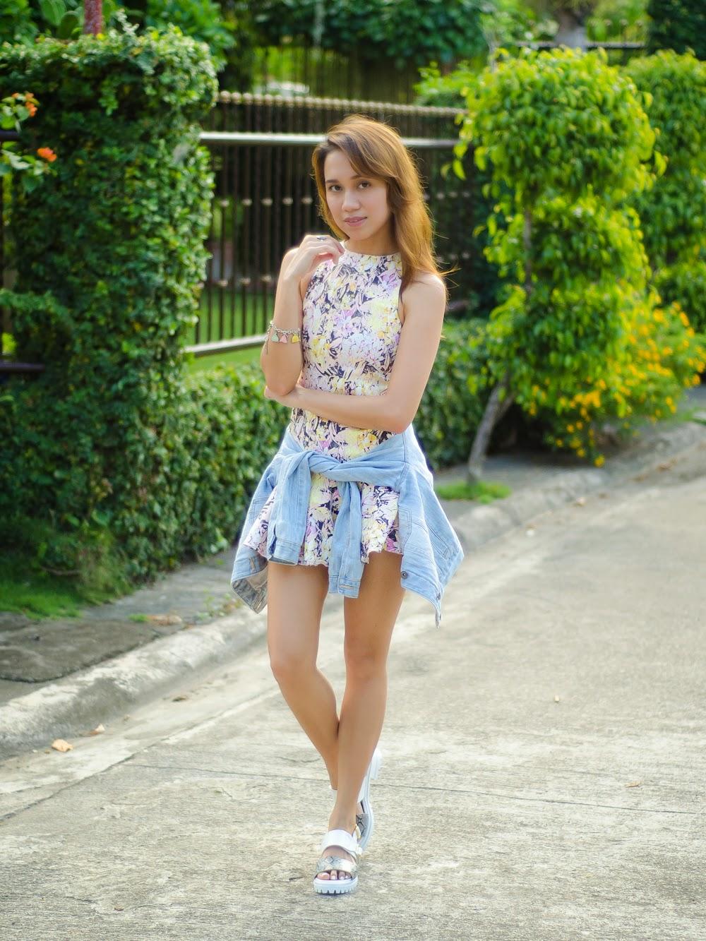 Girls in mini dresses images
