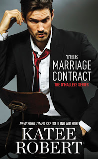 https://www.goodreads.com/book/show/25646300-the-marriage-contract