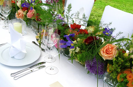 Choosing Table Centerpieces Centerpieces For Tables Have An Elegant And Beautiful Centerpiece