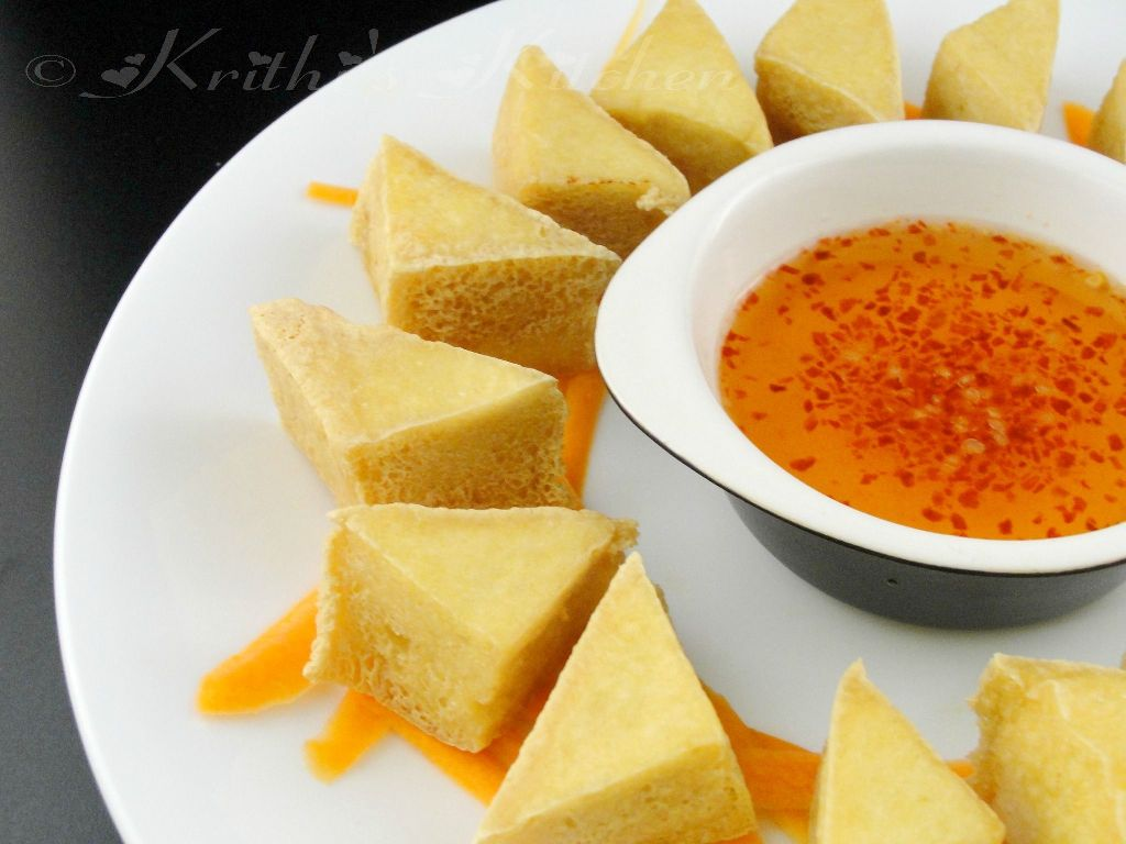 ... Tofu Golden Triangles with Hot and Sweet Dipping Sauce | Easy Tofu