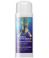 Champô Natur Extensions, ideal para lavagem suave de cabelos desidratados