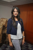 Nikitha Narayan latest photos-thumbnail-8