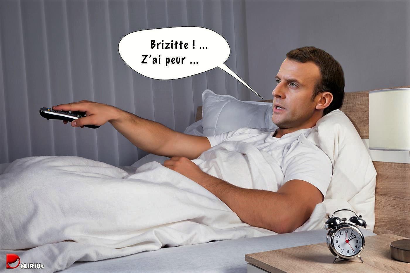 Macron suit de près les mouvements des Gilets Jaunes