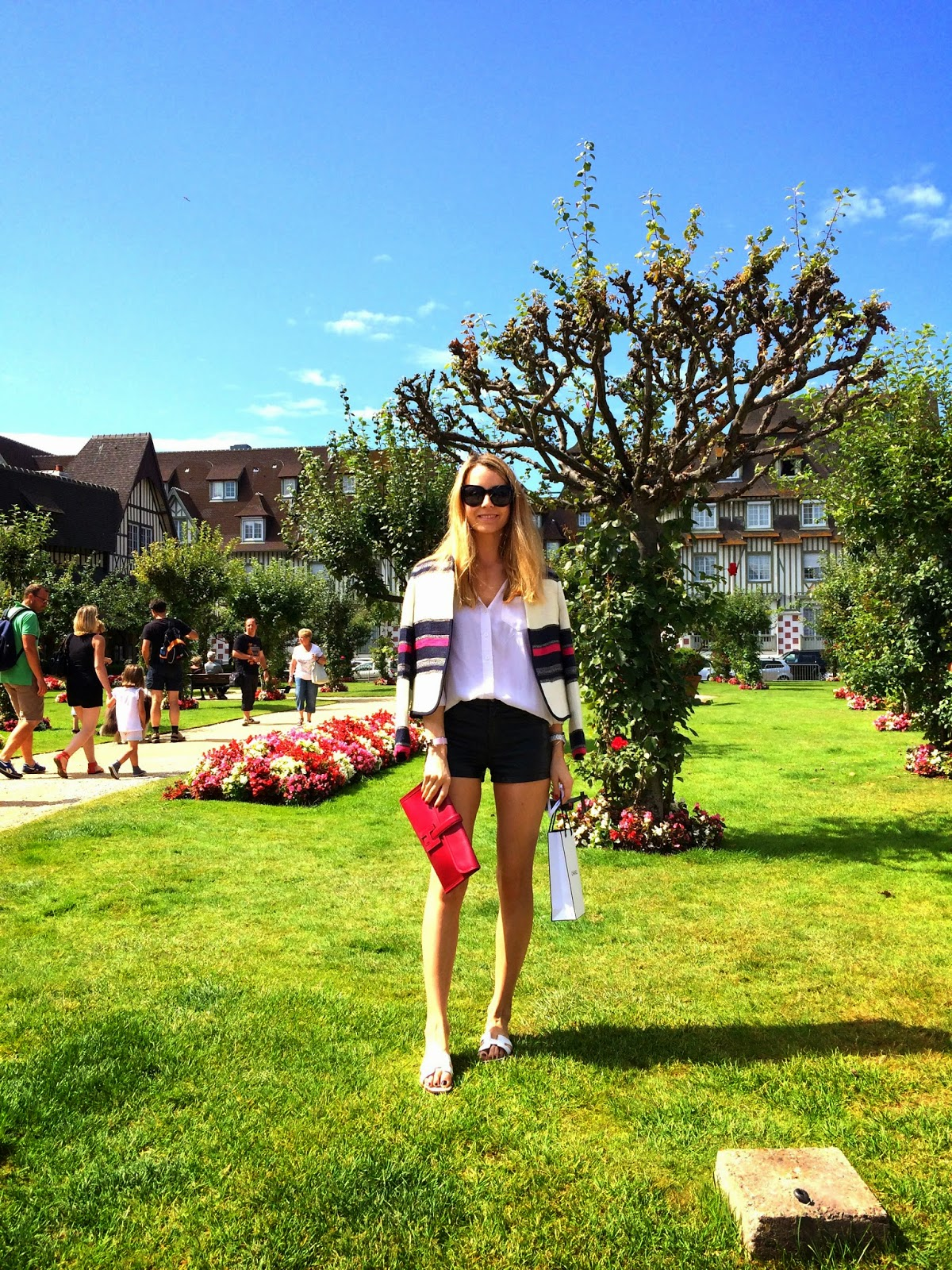 deauville, chanel, hermès, travel diary, seafood, restaurant, chic, streetstyle, maison michel