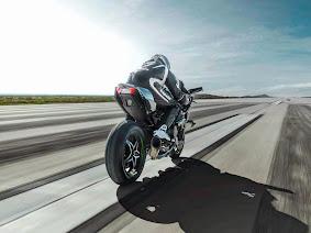 Kawasaki Ninja H2R 2015 Terbaru_6