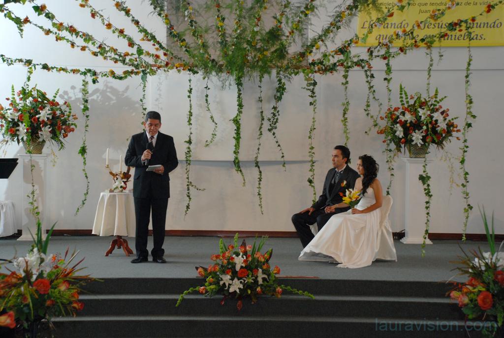 decoracion iglesia para matrimonio cristiano: ideas arreglos